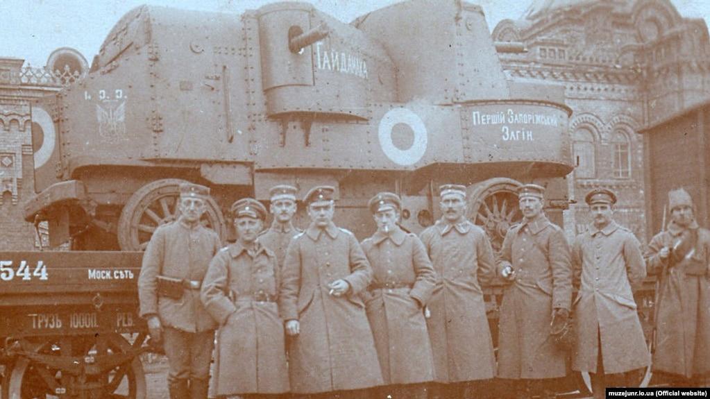 Тяжелый бронеавтомобиль «Гайдамака», участник похода на Крым, весна 1918 года