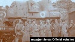 Важкий бронеавтомобіль «Гайдамака», який армія УНР використала у поході на Крим весною 1918 року