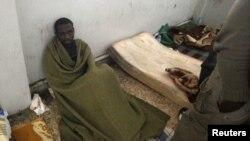 Падазраваны афрыканскі наёмнік, захоплены паўстанцамі ў лібійскім горадзе Бэнгазі