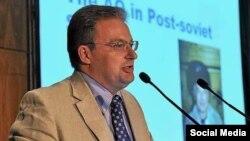 Доктор Андрей Волна