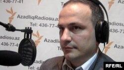 Azerbaijan – economist Samir Aliyev, Baku, 09Apr2010