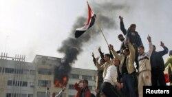 تظاهرات در موصل عراق، ۲۵ فوریه ۲۰۱۱.