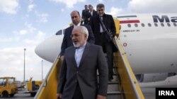 ورود محمدجواد ظریف، وزیر خارجه ایران به وین. ۱۷ مارس ۲۰۱۴.