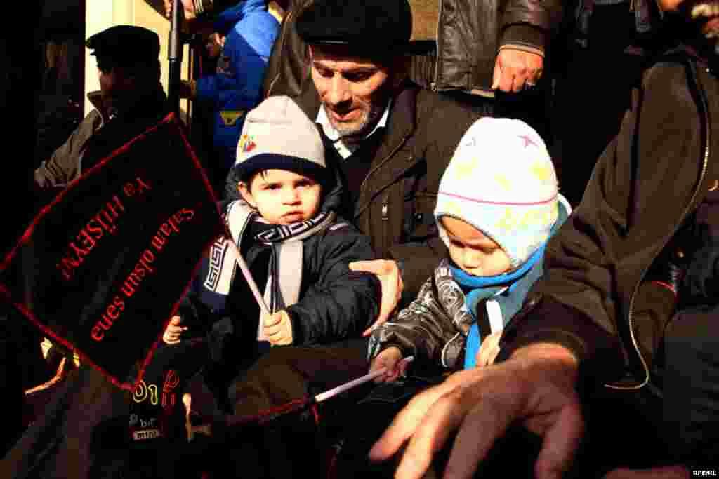 Marking Ashura In Azerbaijan #11