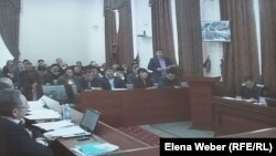 Қарағанды облыстық сотындағы экс-премьер Серік Ахметовтің апелляциялық шағымы қаралып жатқан сот. 10 наурыз 2016 жыл.