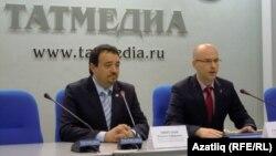 Рамил Мифтахов (с) һәм Сергей Иванов