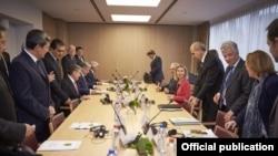 Встреча в штаб-квартире ЕС. Архивное фото