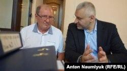 Ильми Умеров и Марк Фейгин во время судебного заседания. Симферополь, 12 июля 2017 года