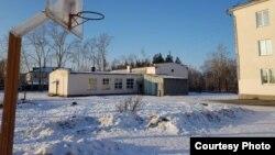 Школа-интернат в поселке Лазурненское