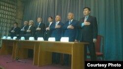 Члены общественного объединения «Народный парламент».