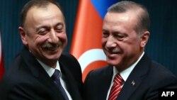 Əliyev-Erdoğan görüşü (arxiv fotosu)
