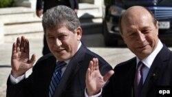 Președinții Mihai Ghimpu și Traian Băsescu la București în aprilie 2010