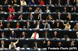 European lawmakers want Pakistan's special EU trade status reviewed, and possibly revoked, over its poor record on human rights and the protection of workers. (file photo)