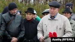 Әхсәт Хисмәтов