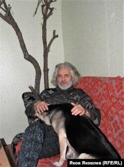 С собакой Веткой