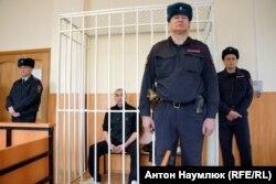 Сяргей Літвінаў у судзе 25 лютага 2016 году