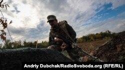 Окопи українських військових в селищі Золоте-4