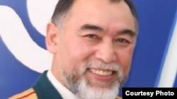 Азаттық радиосының тілшісі Қазис Тоғызбаев.