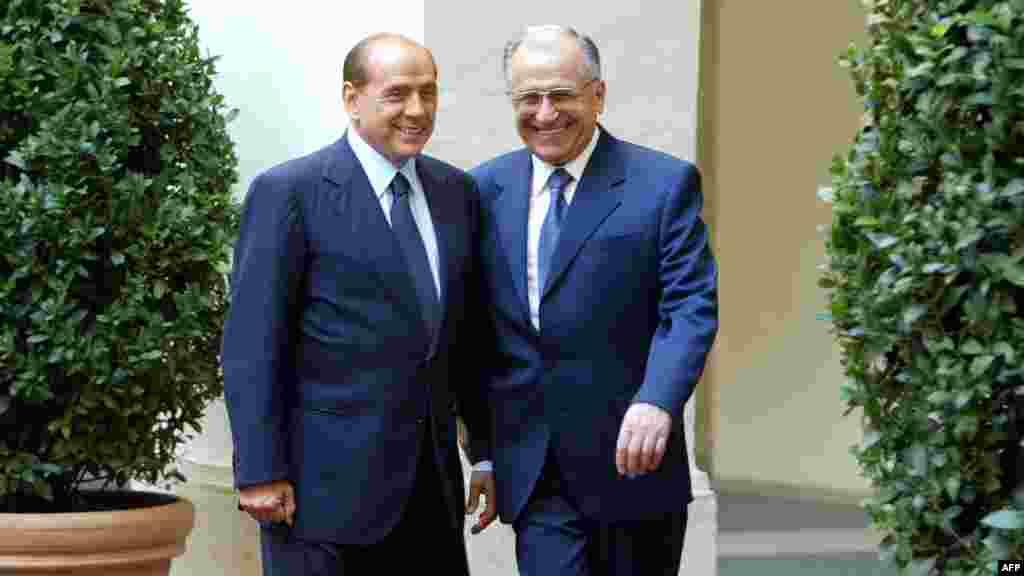Vizită la Roma, la premierul italian Silvio Berlusconi - 2004