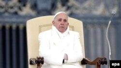 Հռոմի Ֆրանցիսկոս պապ, արխիվ