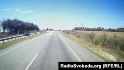 Дорога на пропускний пункт, неподалік від Дебальцевого