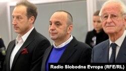 Љубе Бошкоски во очекување на пресудата.