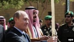 Саудовские хозяева разрешили Путину попрактиковаться с подаренным ему оружием