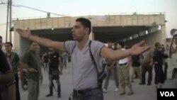 Sirijski pobunjenici na graničnom području sa Turskom, avgust 2012.