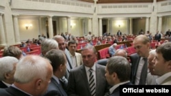 Депутати Партії регіонів під час пленарного засідання Верховної Ради України, 1 вересня 2009 року.
