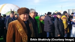 Назарбаев пен Тоқаев Наурыз мейрамы шарасына келген сәт. Астана, 21 наурыз 2019 жыл.
