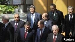 Владимир Путин с партнерами по СНГ, 19 мая 2011