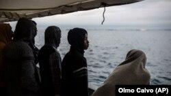 Migranți pe nava ong-ului spaniol Proactiva Open Arms, 28 decembrie 2018
