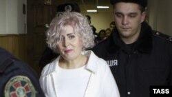 Неля Штепа на процессе в Харькове