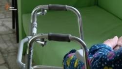 «Ми тут усі трохи приречені» – пацієнтка госпісу (відео)