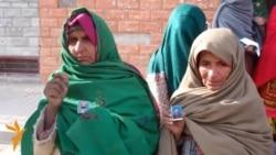 Baluch Women Protest Over Mass Grave