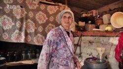 Sərhədə yaxın yaşayan erməni qadın: Qonşular köçüb gedib