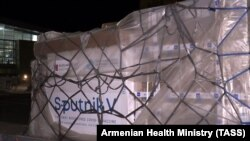 ARMENIA -- Russian-made Sputnik V COVID-19 vaccines are unloaded at Yerevan's Zvartnots airport, April 8, 2021