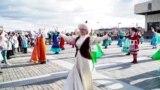 Казанда милли кием фестивалендә татар теле читтә калды