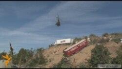 Ուղղաթիռով հանվում են սողանքի գոտու մեքենաները