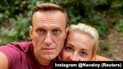 Alexei Navalny și soția sa Iulia Navalnaia