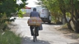 Велосипед – один из основных видов личного транспорта в Угловом, которое протянулось более чем на 3,5 километра