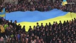 Сотні львів'ян співали державний гімн у 150-у річницю його першого виконання