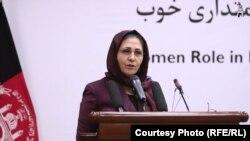 کریمه حامد فاریابی، وزیر اقتصاد