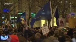 Protest la Praga împotriva numirii unui fost milițian ca șef al comisiei parlamentare de control al poliției