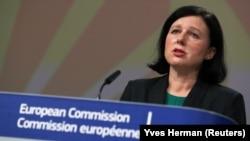 Еврокомиссия раиси ўринбосари Вера Юрова (Чехия)