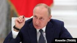 Президент России Владимир Путин в Кремле. 23 сентября 2020 года.