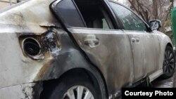 Распространившееся в социальных сетях фото сгоревшего автомобиля. 14 декабря 2020 года.