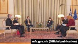 Претседателката на Грција, Катерина Сакеларопулу, и министерот за надворешни работи на Северна Македонија, Бујар Османи