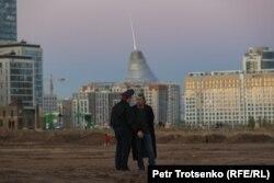 Полиция қызметкері және суретші Асхат Ахмедияров. 14 қыркүйек 2021 жыл.