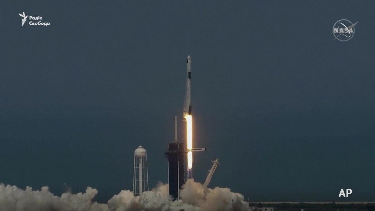 Момент запуска ракеты SpaceX – видео